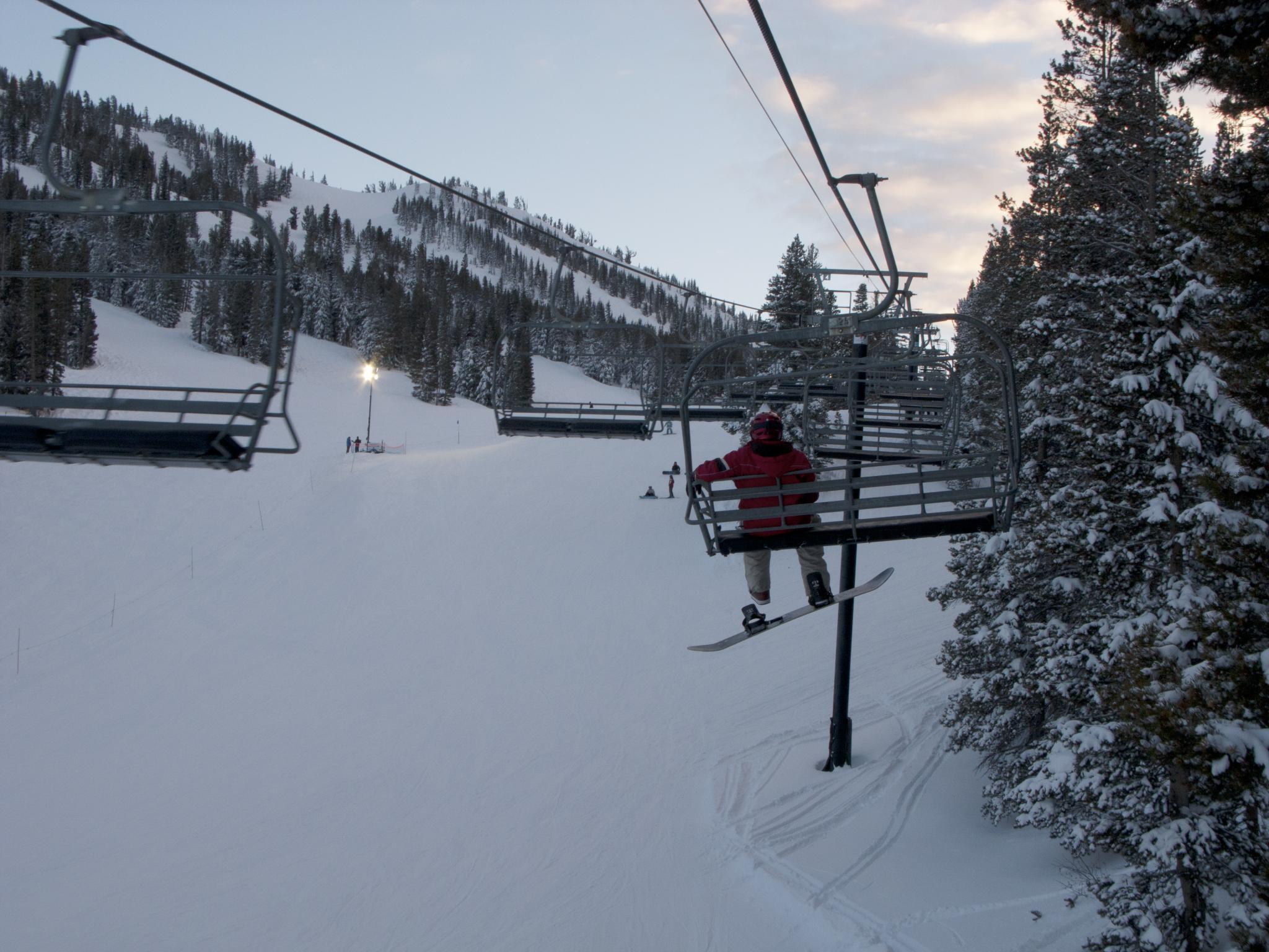 reno & lake tahoe ski shuttles will take you where you need to go