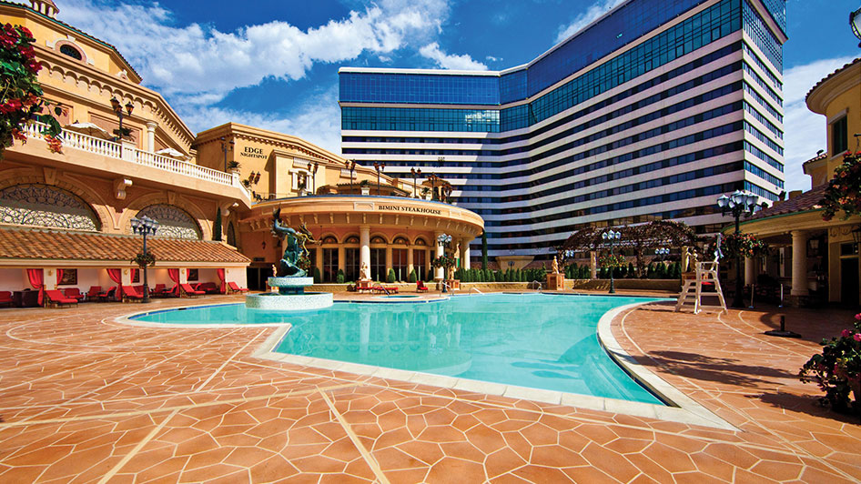 Peppermill Resort Casino Reno Pool and Cabanas
