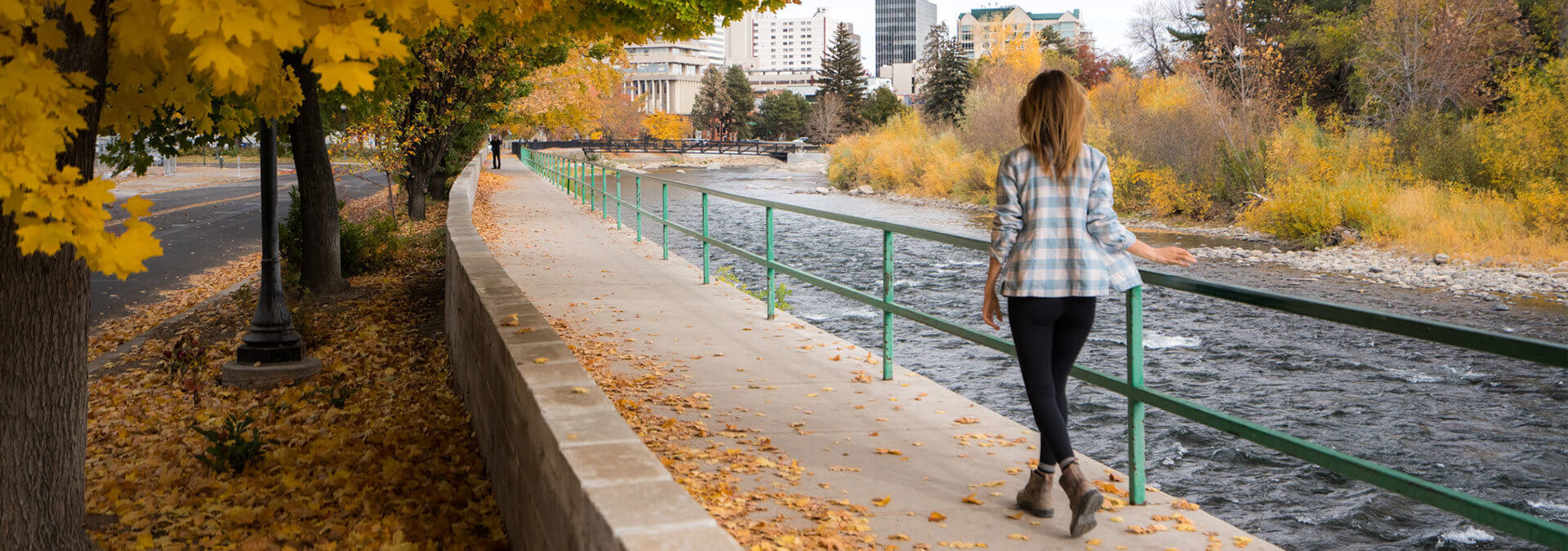 Fall colors and the Truckee River